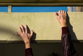 slip, fall, drop, hands, grip, building, time, perception, Amsterdam, netherlands, Dutch, photography, photo series