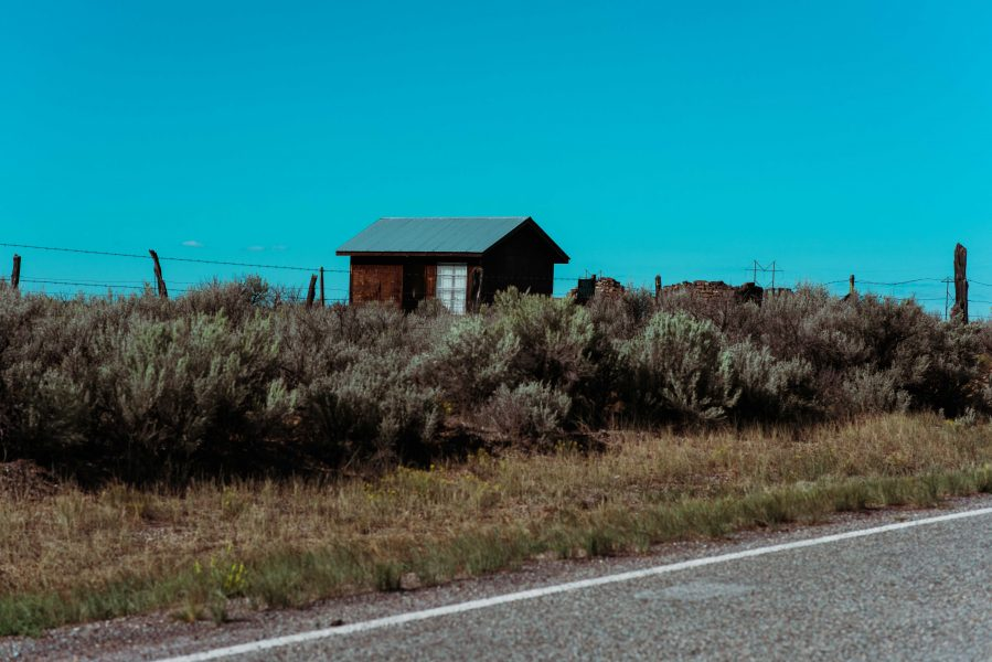 Michelia Kramer Photography, America, USA Photography, Amsterdam Photographer, Netherlands, desert, house, cabin