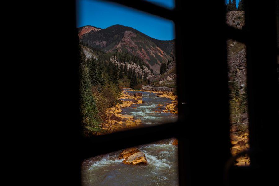 Michelia Kramer Photography, America, USA Photography, Amsterdam Photographer, Netherlands, train, colorado, river, blue sky, silverton